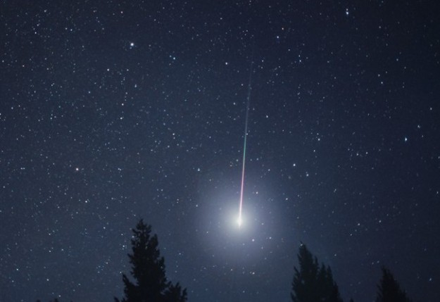 buonanotte-con-stella-cadente-nel-cielo